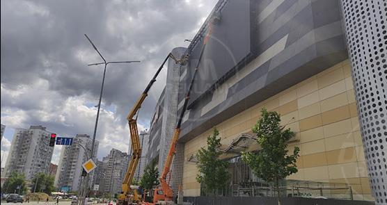 "Led екран P10, ТРЦ ""River Mall"""